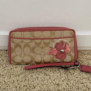 Coach Signature Floral Applique Wallet